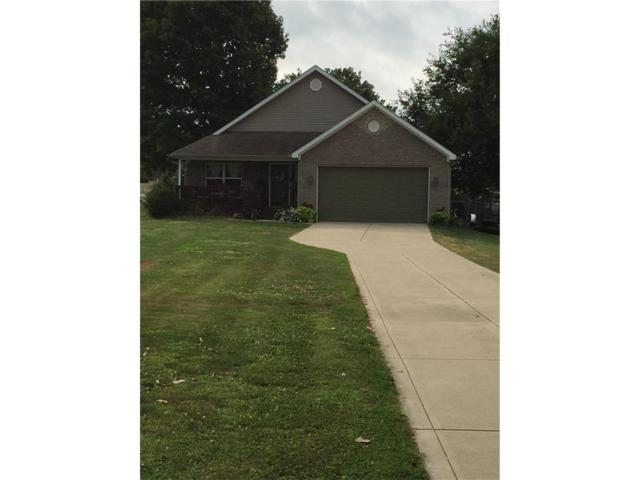 2727 E Annily Court, Martinsville, IN 46151 (MLS #21507031) :: Mike Price Realty Team - RE/MAX Centerstone
