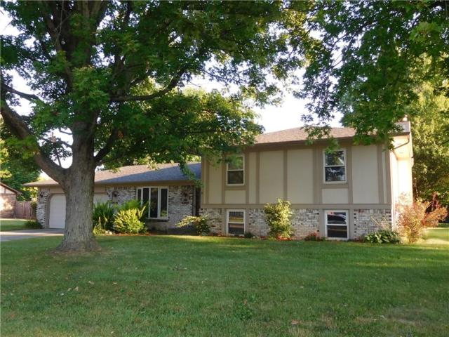 690 Green Meadow Drive, Greenwood, IN 46143 (MLS #21507325) :: RE/MAX Ability Plus