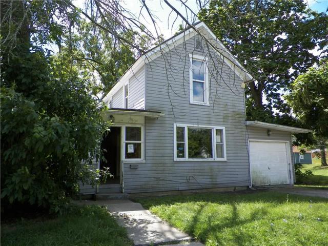 714 E Franklin Street, Hartford City, IN 47348 (MLS #21508072) :: Indy Scene Real Estate Team