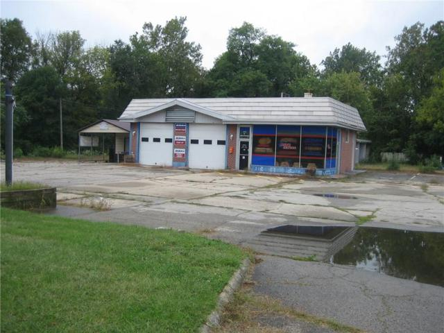 415 Broadway Street, Anderson, IN 46011 (MLS #21514972) :: AR/haus Group Realty