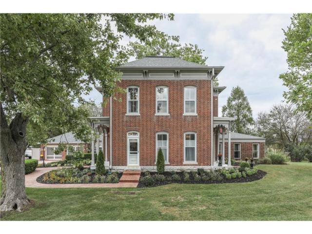 1404 State Road 236, Danville, IN 46122 (MLS #21517559) :: Heard Real Estate Team