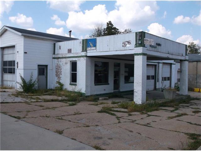 200 Jackson Street, Greencastle, IN 46135 (MLS #21517805) :: FC Tucker Company