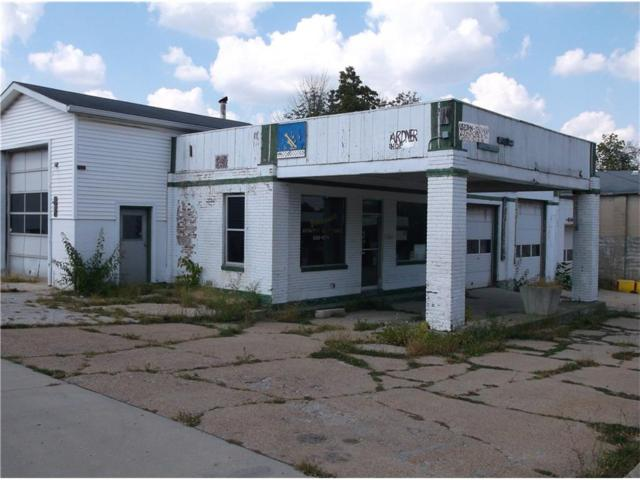200 Jackson Street, Greencastle, IN 46135 (MLS #21517805) :: Indy Scene Real Estate Team