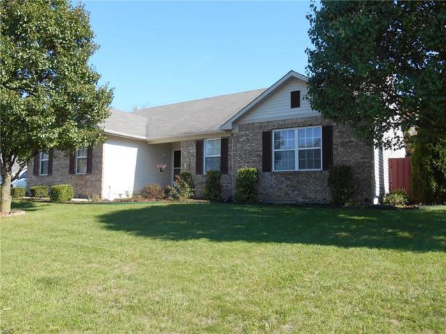 705 Port Drive, Avon, IN 46123 (MLS #21520130) :: Heard Real Estate Team