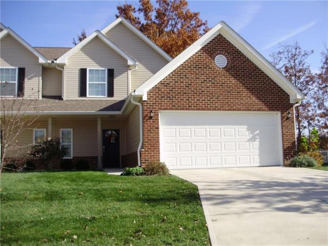2967 Beckenham Way, Greenwood, IN 46143 (MLS #21525137) :: Heard Real Estate Team