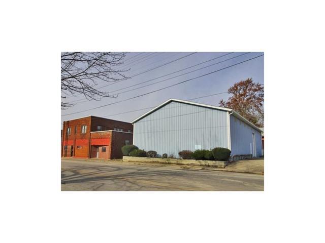1702 I Avenue, New Castle, IN 47362 (MLS #21525789) :: FC Tucker Company