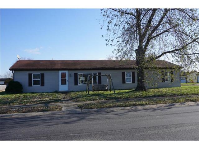 1350 Maple Court, Martinsville, IN 46151 (MLS #21526093) :: Indy Scene Real Estate Team