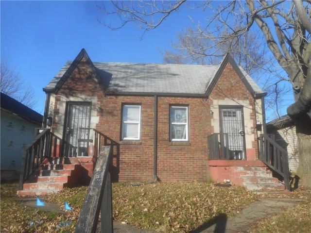 2826 E 19th Street, Indianapolis, IN 46218 (MLS #21526978) :: Indy Scene Real Estate Team