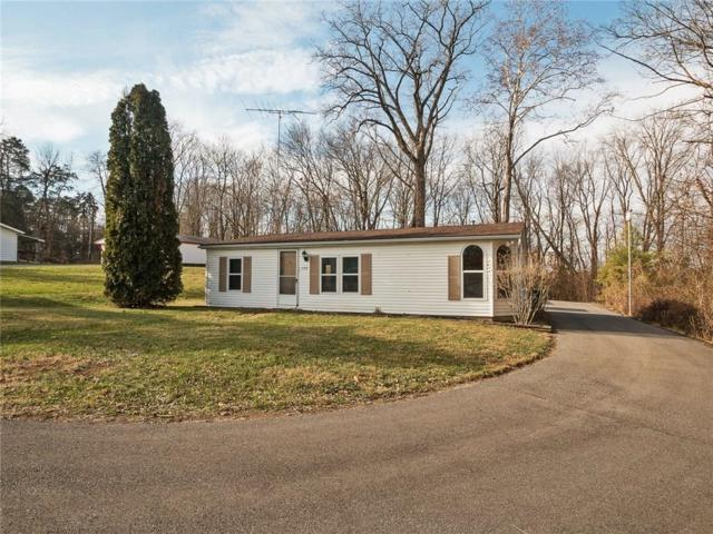 528 Race Street, Hope, IN 47246 (MLS #21527824) :: Indy Scene Real Estate Team