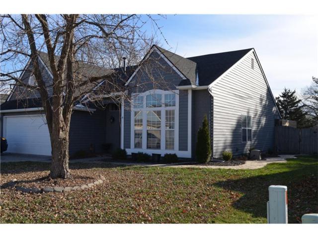 8429 Inland Drive, Avon, IN 46123 (MLS #21528040) :: Heard Real Estate Team