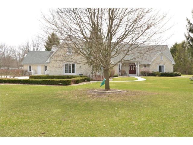 8775 W Oak Street, Zionsville, IN 46077 (MLS #21541682) :: Heard Real Estate Team
