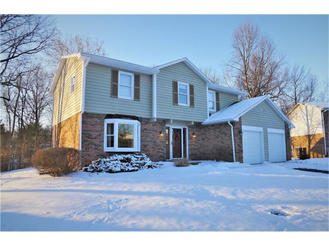 8137 Menlo Ct East Drive, Indianapolis, IN 46240 (MLS #21542153) :: The Evelo Team