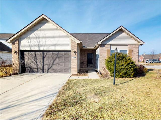 7404 Oak Mill Court, Indianapolis, IN 46217 (MLS #21542392) :: The ORR Home Selling Team