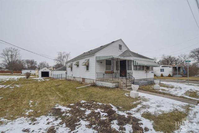 2801 S Macedonia Avenue, Muncie, IN 47302 (MLS #21546354) :: The ORR Home Selling Team