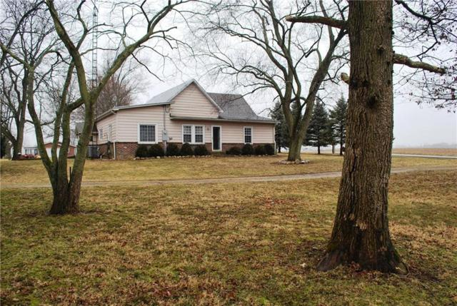 12291 W River Road, Yorktown, IN 47396 (MLS #21546447) :: The ORR Home Selling Team