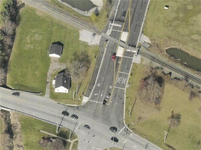 1422 E Main Street, Brownsburg, IN 46112 (MLS #21546546) :: The Evelo Team