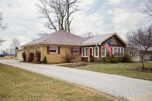 207 W Main Street, Pittsboro, IN 46167 (MLS #21548726) :: Mike Price Realty Team - RE/MAX Centerstone