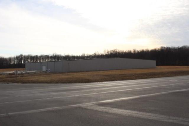3205 4th Street, North Vernon, IN 47265 (MLS #21548844) :: Indy Scene Real Estate Team