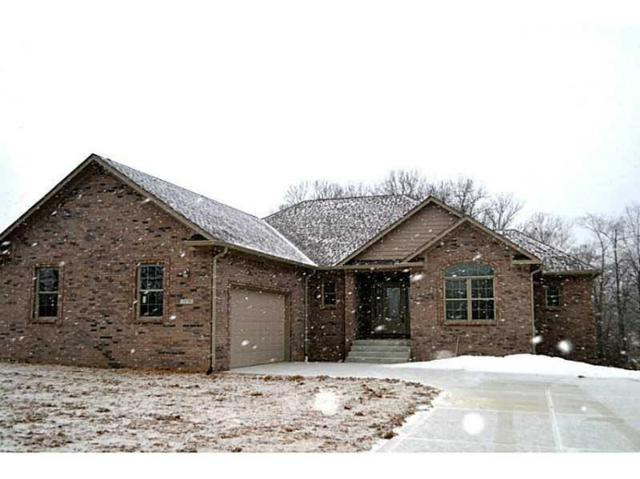 3045 Falcon Crest Drive, Martinsville, IN 46151 (MLS #21549255) :: The ORR Home Selling Team