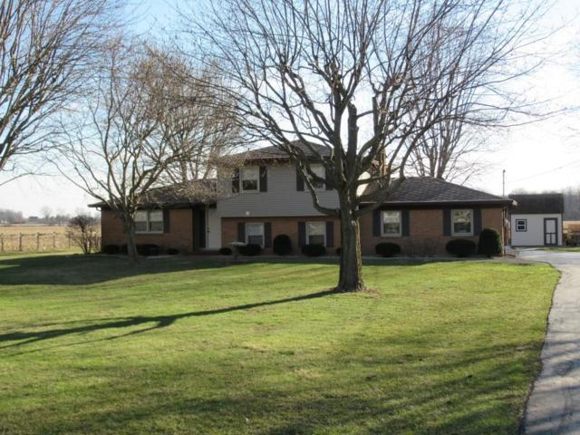 8907 N Frontage Road, Fairland, IN 46126 (MLS #21551820) :: FC Tucker Company