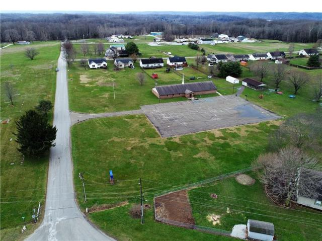 200 S Lenvoil Road, Martinsville, IN 46151 (MLS #21555760) :: The Evelo Team