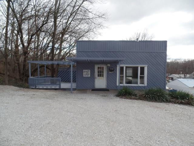 1409 W Wabash Avenue, Crawfordsville, IN 47933 (MLS #21555866) :: Mike Price Realty Team - RE/MAX Centerstone