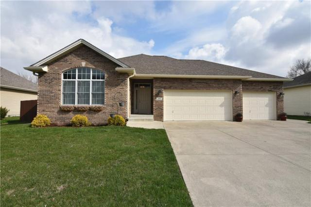 2046 Iroquois Trail, Columbus, IN 47203 (MLS #21557478) :: Indy Plus Realty Group- Keller Williams