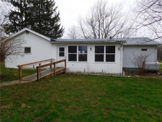 7761 W 200 S, Farmland, IN 47340 (MLS #21560562) :: The ORR Home Selling Team