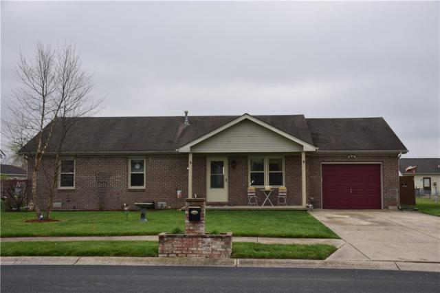 1373 Pin Oak Court, Martinsville, IN 46151 (MLS #21560883) :: The Indy Property Source