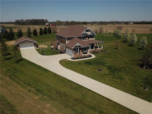 1601 N Deerfield Court, Yorktown, IN 47396 (MLS #21563761) :: The ORR Home Selling Team