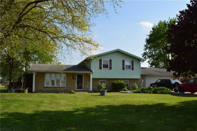 1833 W 300 N, Anderson, IN 46011 (MLS #21566677) :: Mike Price Realty Team - RE/MAX Centerstone