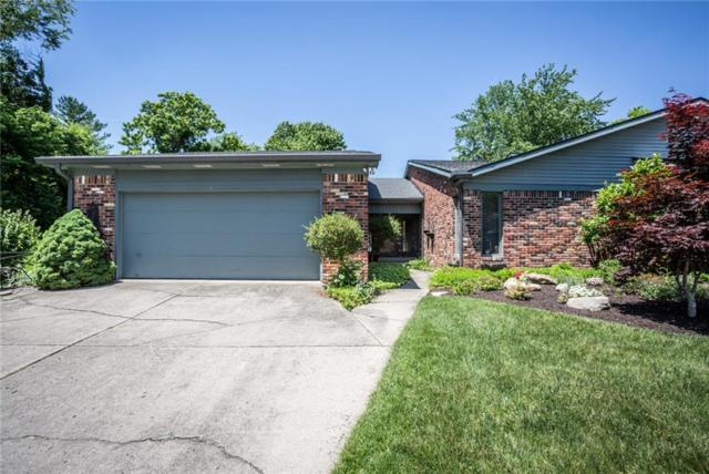 8404 Swans Way, Indianapolis, IN 46260 (MLS #21569628) :: Indy Scene Real Estate Team