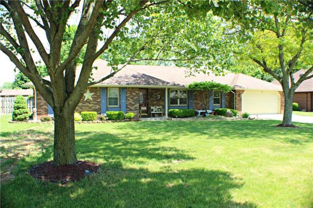 108 S Lansdown Way, Anderson, IN 46012 (MLS #21569714) :: The ORR Home Selling Team