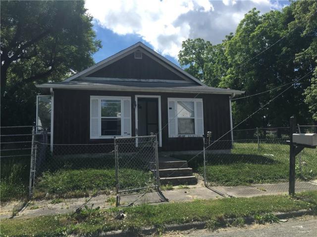 520 S Shipley Street, Muncie, IN 47302 (MLS #21570437) :: Indy Plus Realty Group- Keller Williams