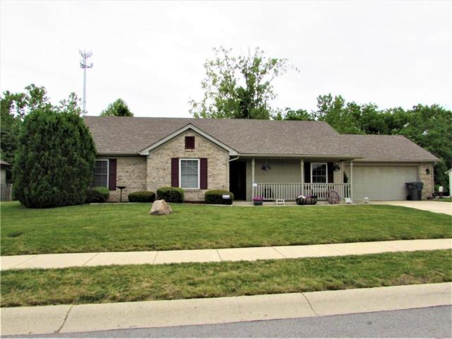6370 Thistle Bend, Avon, IN 46123 (MLS #21570983) :: Indy Scene Real Estate Team