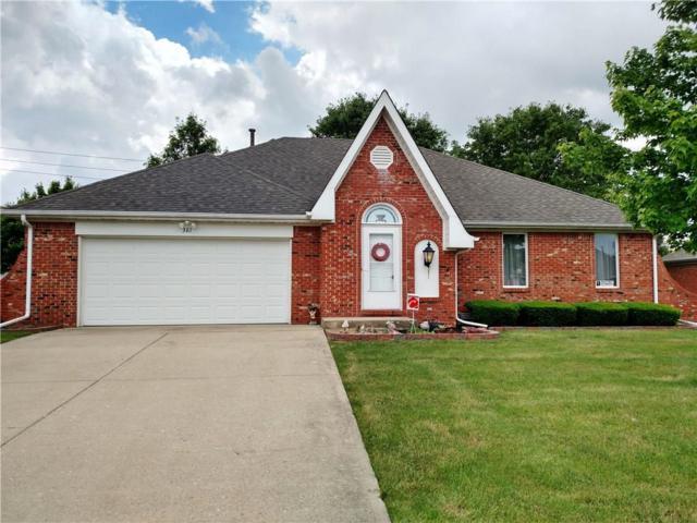 381 Vinewood Drive S, Brownsburg, IN 46112 (MLS #21574410) :: Indy Scene Real Estate Team
