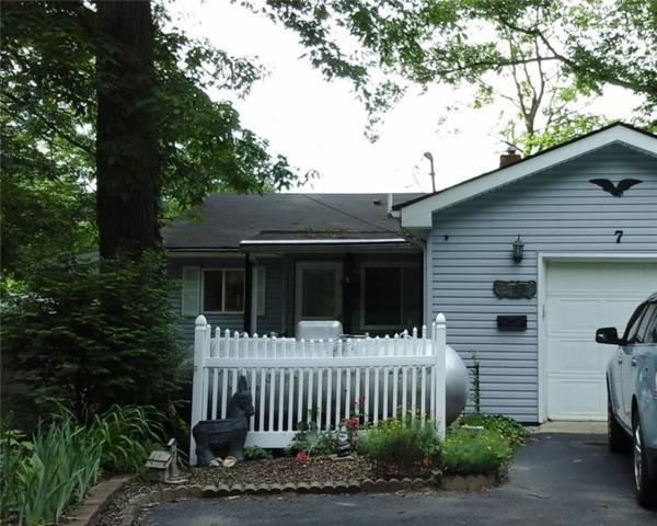 7 Lake Hart, Mooresville, IN 46158 (MLS #21574427) :: Indy Plus Realty Group- Keller Williams