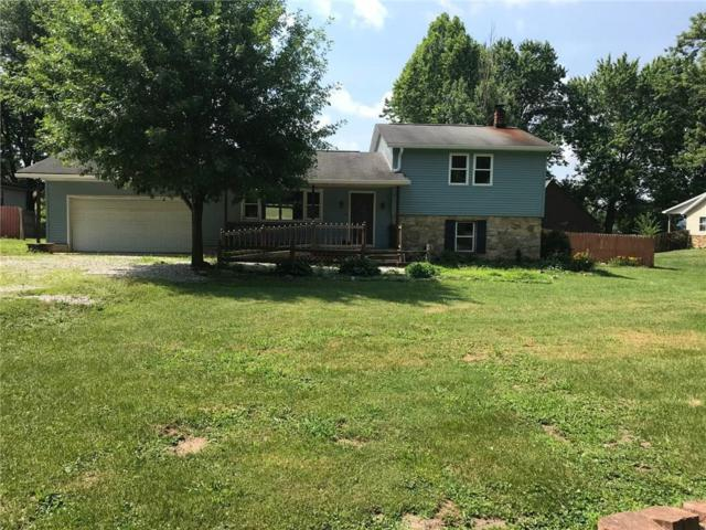 1945 Plantation Lane, Martinsville, IN 46151 (MLS #21575040) :: The Indy Property Source