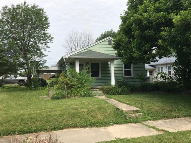2203 Silver Street, Anderson, IN 46012 (MLS #21575287) :: The Evelo Team