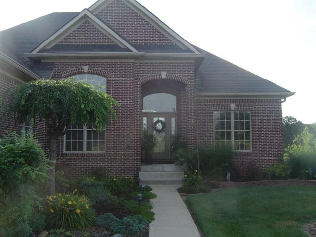 8152 Cottonwood Drive, Martinsville, IN 46151 (MLS #21575771) :: Mike Price Realty Team - RE/MAX Centerstone