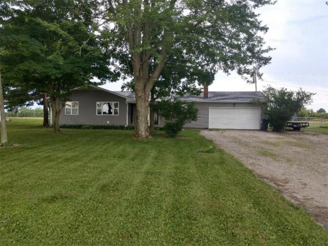 0204 W 300 S, Hartford City, IN 47348 (MLS #21578870) :: The ORR Home Selling Team