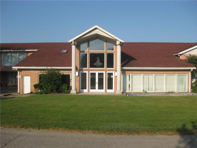 909 Lakeview Drive, Logansport, IN 46947 (MLS #21581428) :: Richwine Elite Group