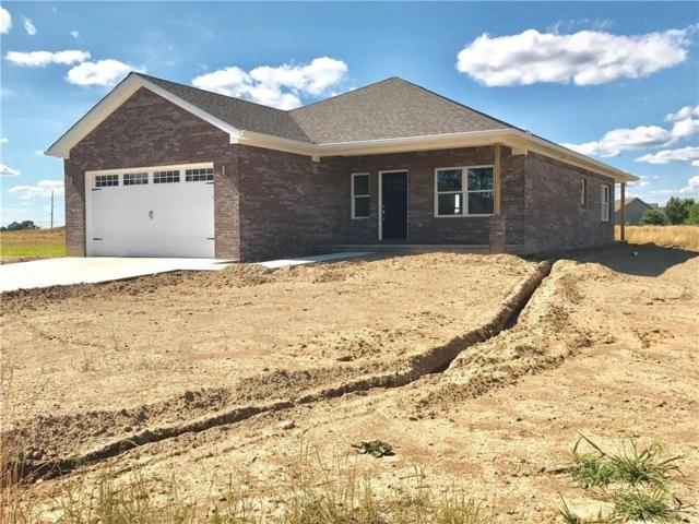 40 Shadow Wood Drive, Crawfordsville, IN 47933 (MLS #21582765) :: Mike Price Realty Team - RE/MAX Centerstone