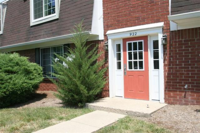 922D Hoover Village Drive 922D, Indianapolis, IN 46260 (MLS #21583169) :: The Evelo Team