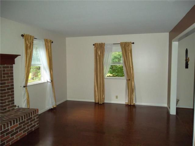 8048 Hoover Lane, Indianapolis, IN 46260 (MLS #21583242) :: Heard Real Estate Team