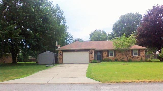 1570 Locust Lane, Avon, IN 46123 (MLS #21583351) :: The ORR Home Selling Team