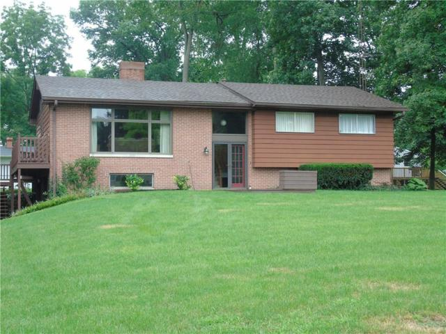 8313 W Greenview Drive, Yorktown, IN 47304 (MLS #21584910) :: The ORR Home Selling Team