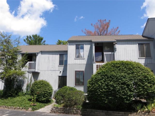 9125 S Pointe Ridge Lane, Bloomington, IN 47401 (MLS #21584934) :: AR/haus Group Realty