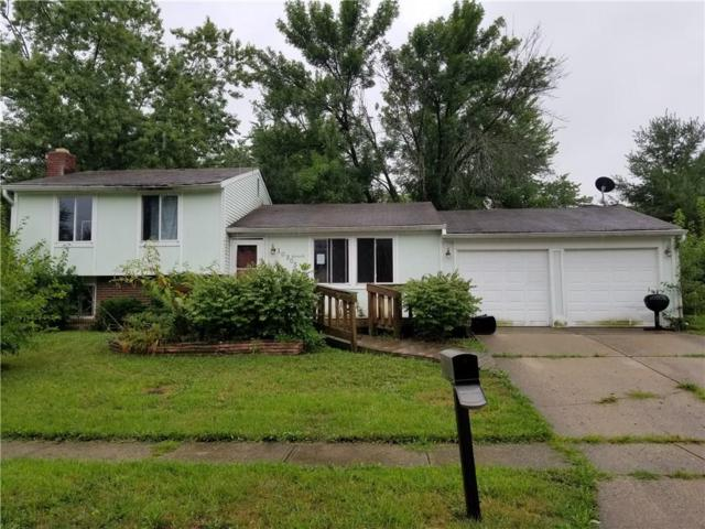 10305 E Starhaven Court, Indianapolis, IN 46229 (MLS #21585332) :: The Evelo Team