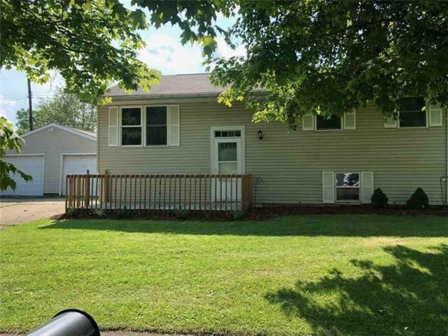 9 White Oak Court, Hartford City, IN 47348 (MLS #21588248) :: The ORR Home Selling Team